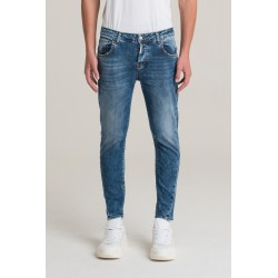 Jeans twisted fit - I'm Brian